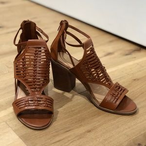 Spanish style heels